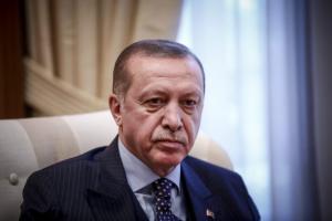 Εκτός ελέγχου ο Ερντογάν! Συλλαμβάνει όσους επικρίνουν την επίθεση στο Αφρίν