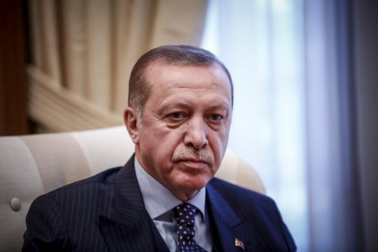 Εκτός ελέγχου ο Ερντογάν! Συλλαμβάνει όσους επικρίνουν την επίθεση στο Αφρίν   Newsit.gr