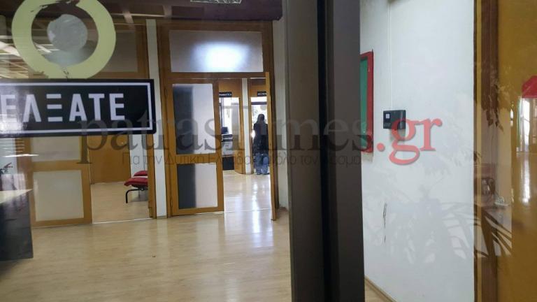 Φοιτητές έχουν κλειδώσει στο γραφείο του τον διευθυντή της φοιτητικής εστίας του Πανεπιστημίου Πατρών! | Newsit.gr