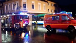 Σχολικό χωρίς φρένα έπεσε πάνω σε σπίτι – Τραυματίστηκαν σοβαρά παιδιά! [pics]