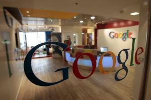 Καταγγέλλουν τη Google ότι παραείναι…  προοδευτική – Αγωγή από συντηρητικό πρώην εργαζόμενο