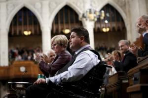 Παραιτήθηκε ο υπουργός Αθλητισμού του Καναδά μετά τις κατηγορίες για σεξουαλική παρενόχληση