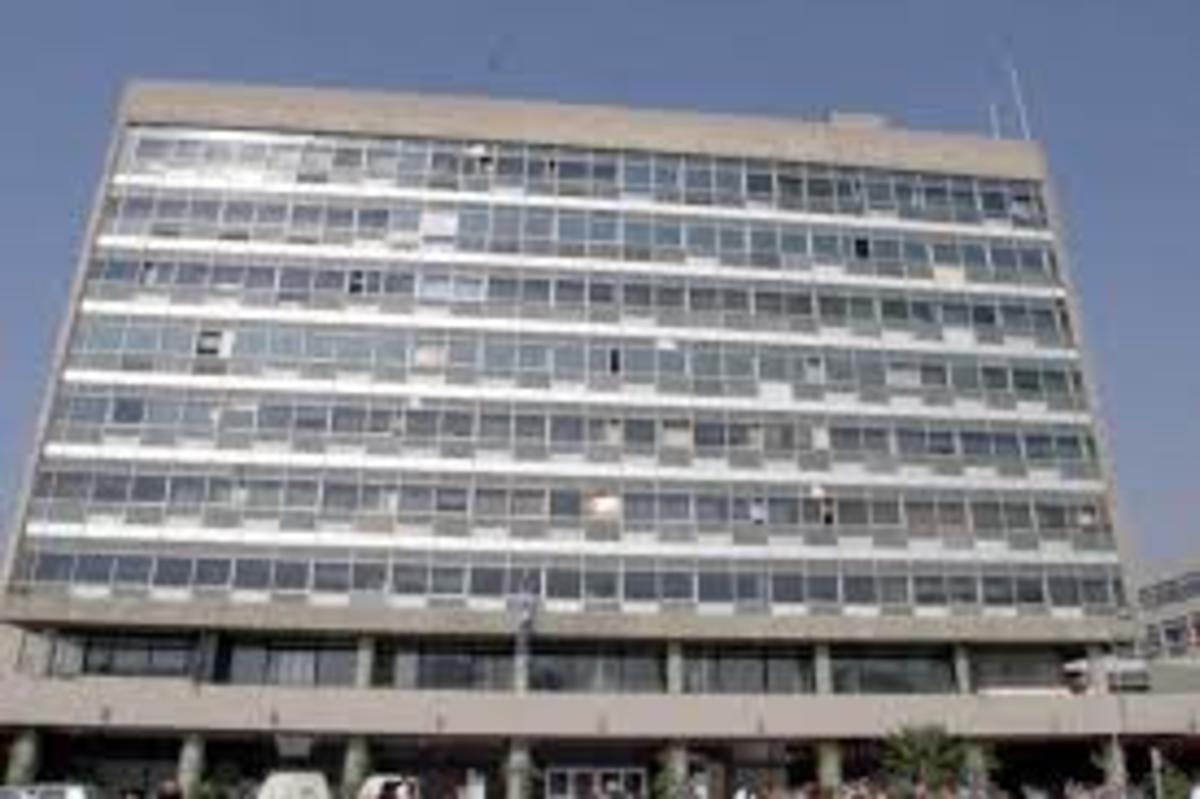 Θεσσαλονίκη: Ποντίκια και στο κτίριο διοίκησης του ΑΠΘ – Έκκληση για καθαρισμό 4 ορόφων!