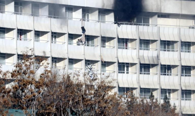 Καμπούλ: Οι Ταλιμπάν ανέλαβαν την ευθύνη για το Intercontinental [pics, vids] | Newsit.gr