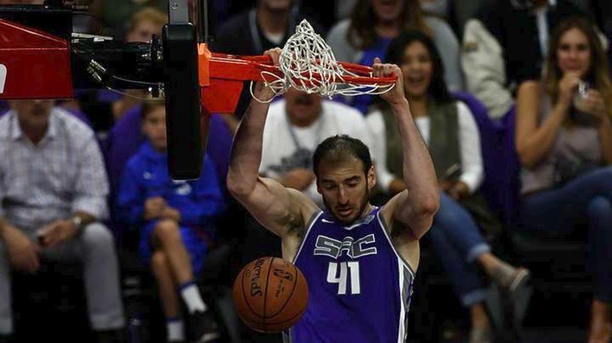 NBA: «Βασιλιάς» Κουφός! Εξαιρετική εμφάνιση κόντρα στους Μάβερικς | Newsit.gr