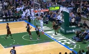 NBA: Στο Top 10 με διαφορετικό… τρόπο ο Αντετοκούνμπο [vid]