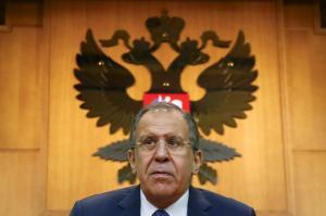 Ρωσία – Λαβρόφ: Οι ΗΠΑ θέλουν να βάλουν τα Σκόπια στο ΝΑΤΟ
