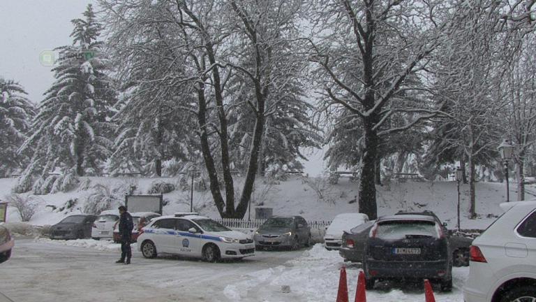 Στα λευκά ντύθηκαν τα ορεινά της Ηπείρου [pics, vid] | Newsit.gr