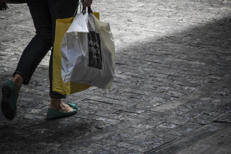 Κυριακή ανοιχτά μαγαζιά – Οι χειμερινές εκπτώσεις 2018 συνεχίζονται | Newsit.gr