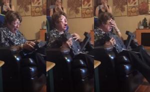 Γιαγιά κλαίει από χαρά γιατί της έκαναν δώρο λάπτοπ! «Δεν είχα ποτέ μου!»