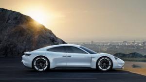 Ηλεκτρική πλατφόρμα για supercar θα εξελίξει η Porsche