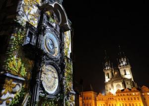 Πράγα: Σταματά να χτυπά το αστρονομικό ρολόι – σύμβολο της πόλης