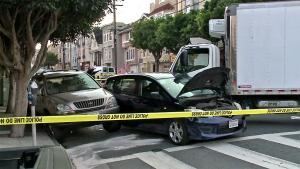 «Ξύπνησαν» μνήμες: Φορτηγό έπεσε πάνω σε πεζούς στο Σαν Φρανσίσκο