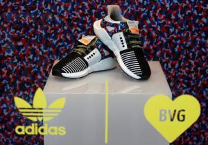 Παπούτσια απεριορίστων διαδρομών! Το κόλπο της Adidas που προκάλεσε χαμό!