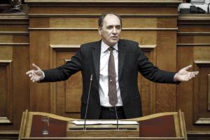 Σταθάκης: Το σημερινό νομοσχέδιο προωθεί μεταρρυθμίσεις που δεν έχουν γίνει επί 40 χρόνια