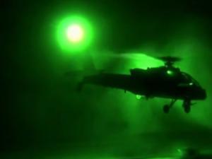 Επιχείρηση Καταιγίδα της Ερήμου: Όταν ελικόπτερα «Απάτσι» βομβάρδισαν τον Σαντάμ [vid]