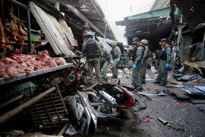 Ταϊλάνδη: Τίναξαν αγορά στον αέρα – Τρεις νεκροί