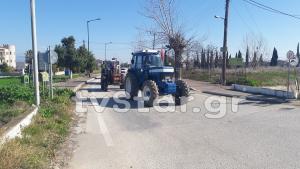 Φθιώτιδα: Με 10 τρακτέρ έκλεισαν την εθνική οδό! [vid]