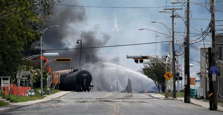 Νότια Αφρική: Τέσσερις νεκροί και δεκάδες τραυματίες από εκτροχιασμό τρένου | Newsit.gr