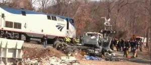 Τρένο που μετέφερε μέλη του Κογκρέσου συγκρούστηκε με φορτηγό