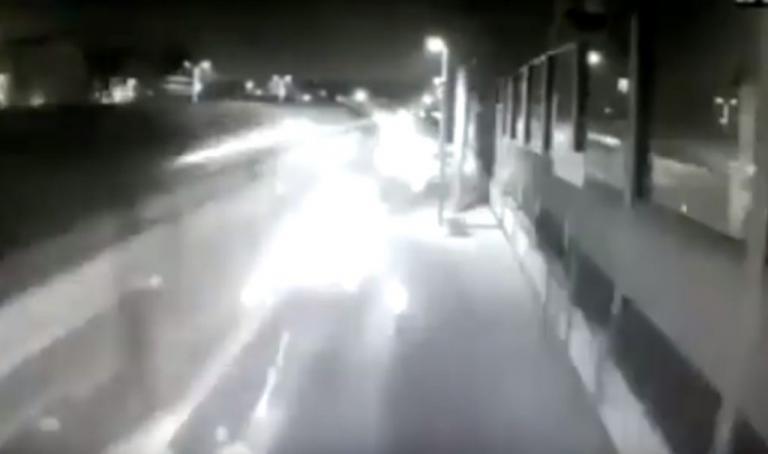 Μιλάνο: Βίντεο – ντοκουμέντο με το εκτροχιασμένο τρένο να μπαίνει «μανιασμένο» στον σταθμό   Newsit.gr