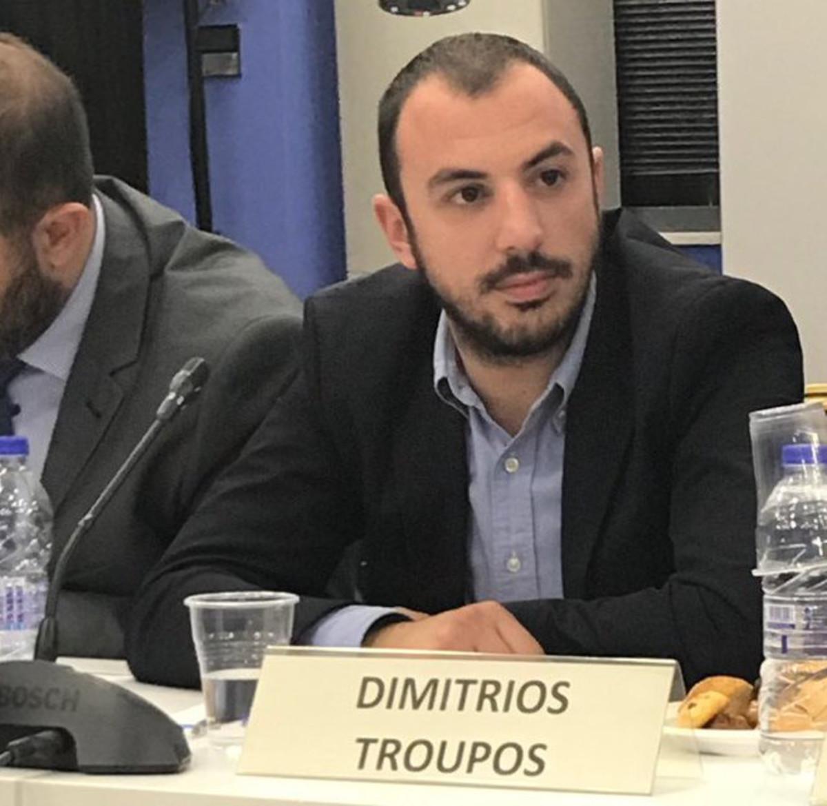 Σάλος για το στέλεχος της ΟΝΝΕΔ που χαρακτήρισε…πιθήκους τους Σκοπιανούς και «απείλησε» τον Τσίπρα | Newsit.gr