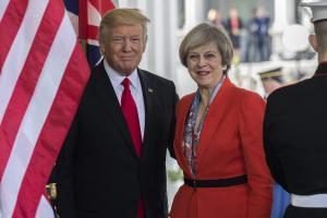 Ακύρωσε το ταξίδι του στο Λονδίνο ο Τραμπ!