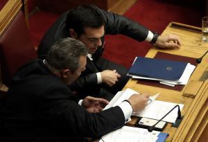 Σκοπιανό: «Βλέπουν» αποχώρηση Καμμένου από την κυβέρνηση για τη… «Μακεδονία»