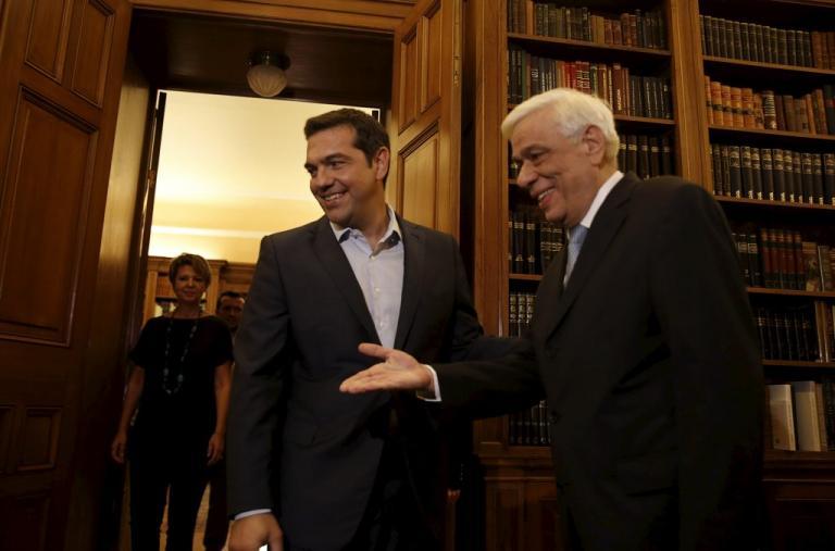 Μίνι υπουργικό στις 3 στο Μαξίμου για Σκοπιανό – Συναντήσεις Τσίπρα με Παυλόπουλο και αρχηγούς | Newsit.gr
