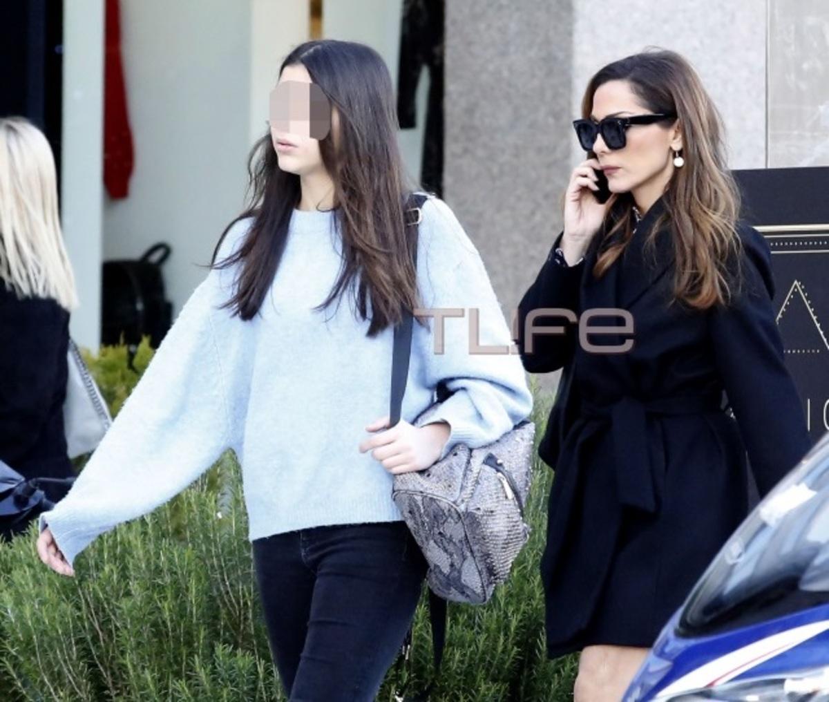 Δέσποινα Βανδή: Αχώριστη με την κόρη της, Μελίνα! [pics]   Newsit.gr