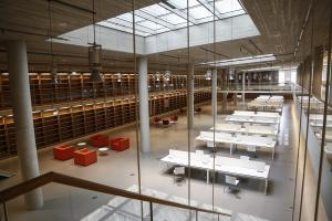 Βιβλιοθήκη της Ελλάδος: Άρχισε η μετακόμιση του εθνικού θησαυρού στο νεο του σπίτι