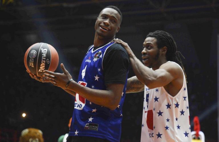 "All Star Game 2018: ""Μαγεία"" στη γιορτή του μπάσκετ! Το μυθικό κάρφωμα του Μούντι πάνω από τον Αντετοκούνμπο [pics, vid] | Newsit.gr"