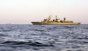 Κύπρος: Τουρκικά πολεμικά πλοία παρεμπόδισαν τον πλουν του γεωτρύπανου της ΕΝΙ