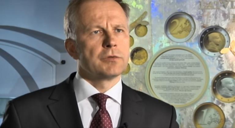 Χειροπέδες στον διοικητή της Κεντρικής Τράπεζας της Λετονίας | Newsit.gr