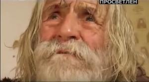 Συγκίνηση! Πέθανε στα 103 του ο «ζητιανος του Θεού» [vids]