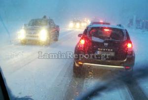 Δυνατή χιονόπτωση στο Δομοκό! Κλειστά τα σχολεία