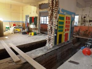 Λέσβος: Επισκευάζουν το σχολείο που χτίστηκε το 1930 με τον Γεώργιο Παπανδρέου υπουργό Παιδείας!