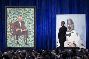 Τα επίσημα πορτρέτα Μπαράκ και Μισέλ Ομπάμα [pics]