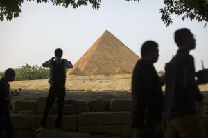 Μεγάλη Πυραμίδα της Γκίζας: Το μυστικό του θαύματος της αρχαιότητας