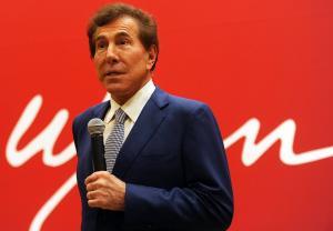Παραιτήθηκε ο μεγιστάνας των καζίνο Στιβ Γουίν – Βροχή οι καταγγελίες για σεξουαλικές επιθέσεις