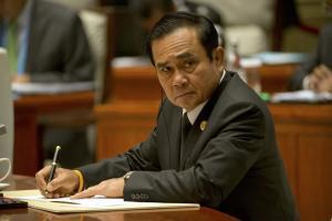 Ο επικεφαλής της χούντας στην Ταϊλάνδη έβγαλε τραγούδι για τον Άγιο Βαλεντίνο [vid]