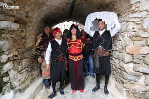Το έθιμο του Αγά την Καθαρή Δευτέρα στη Χίο [vid]