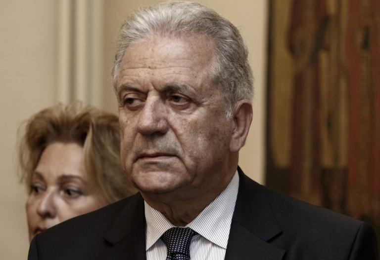 Αβραμόπουλος: Μήνυση κατά των προστατευόμενων μαρτύρων – Να αρθεί το καθεστώς προστασίας τους