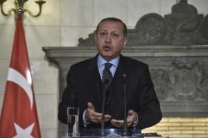 Δημοκράτης, καινοτόμος, διορατικός! Ο Ερντογάν θέλει να… ποινικοποιήσει την μοιχεία!
