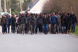 Γαλλία: Άγριες συγκρούσεις με όπλα μεταξύ μεταναστών – 17 τραυματίες, οι 4 σε κρίσιμη κατάσταση