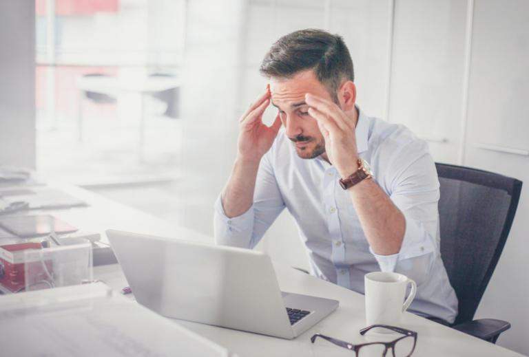 Πονοκέφαλος: Τι είδος έχετε ανάλογα με το τι νιώθετε [vid] | Newsit.gr