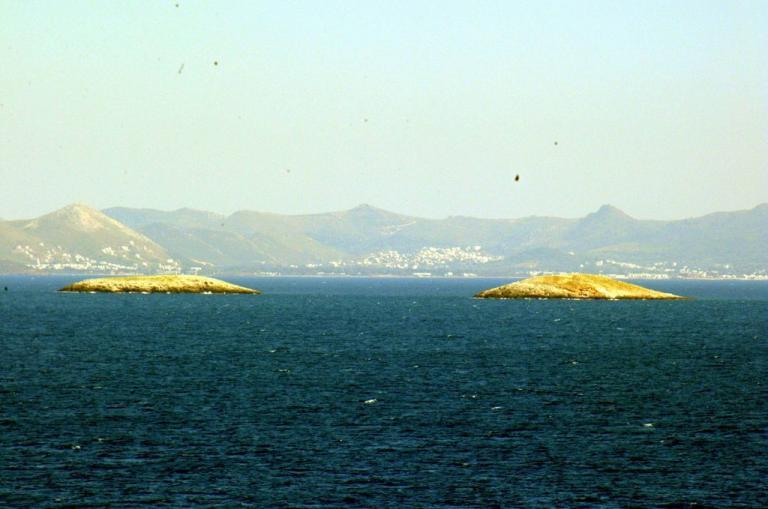 Ίμια: Άδειασε η περιοχή! «Άφαντοι» οι Τούρκοι! | Newsit.gr