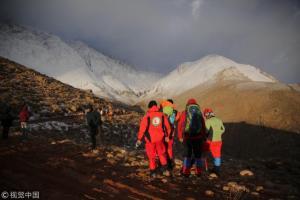 Ιράν: Βρέθηκαν τα συντρίμμια της μοιραίας πτήσης [pics, vids]