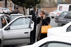 Ιράν: Δεν βρίσκουν τα συντρίμμια του αεροπλάνου που συνετρίβη!