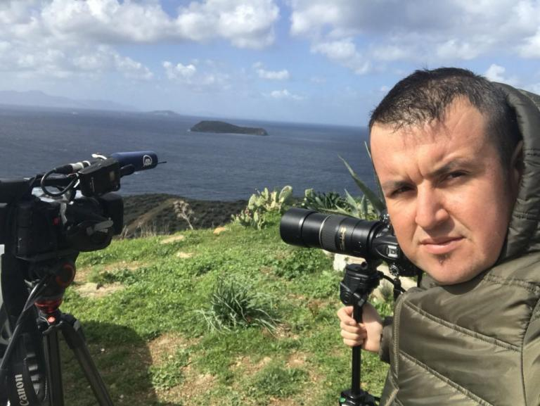 Ίμια: Καραούλι από τούρκους δημοσιογράφους για ένα πλάνο [pics] | Newsit.gr